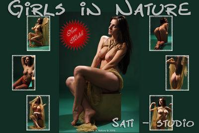 GIN – 2010-05-02 – Sati – Studio (40) 2848×4288