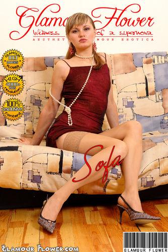 GlamourFlower – 2007-04-04 – Galina – Glamour Sofa (103) 2176×3264