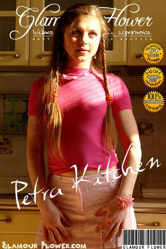 GlamourFlower – 2007-04-03 – Petra – Kitchen (174) 2176×3264